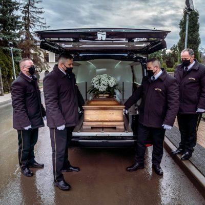 Ceremonia pogrzebowa (3)