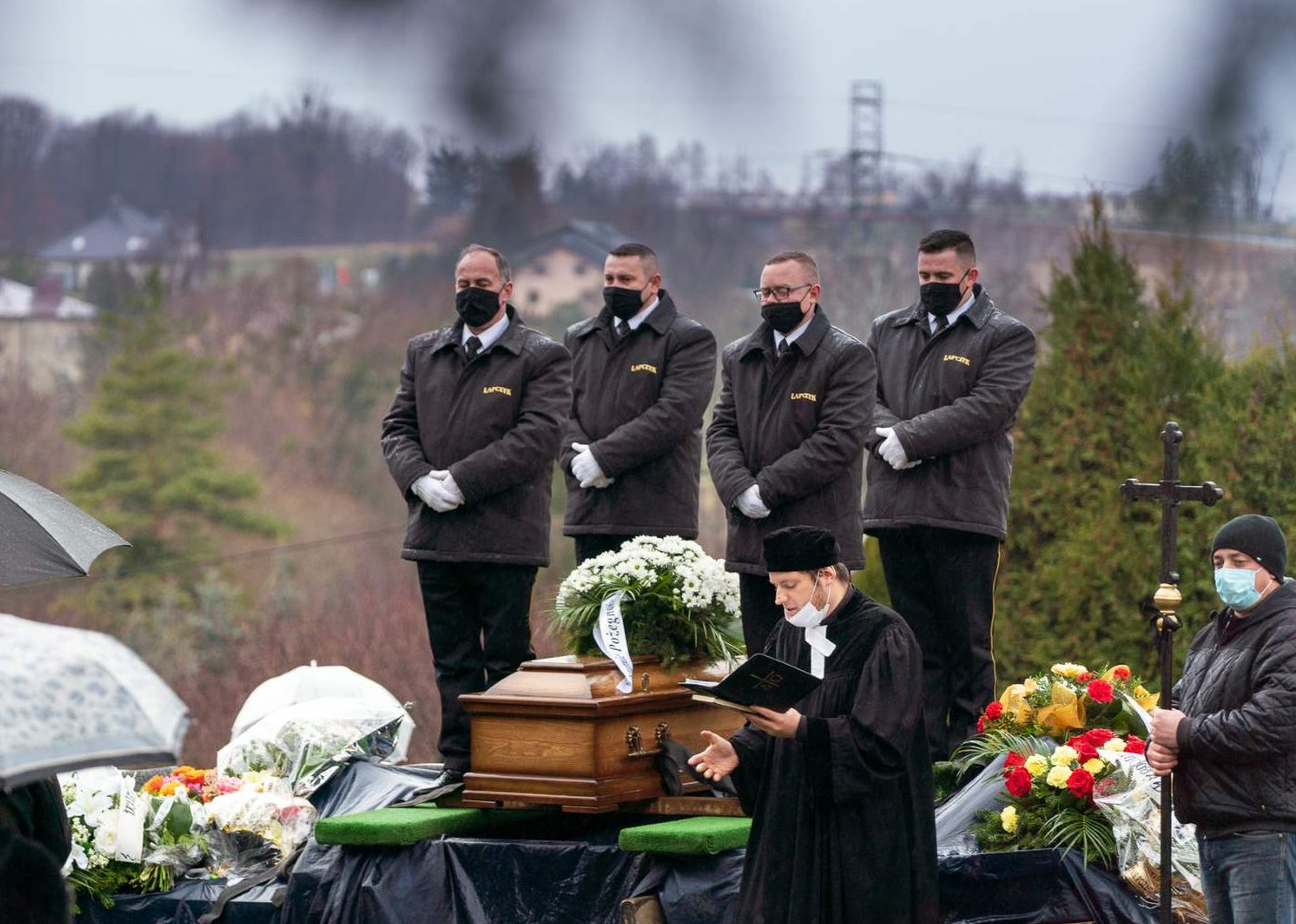 Ceremonia pogrzebowa (30)