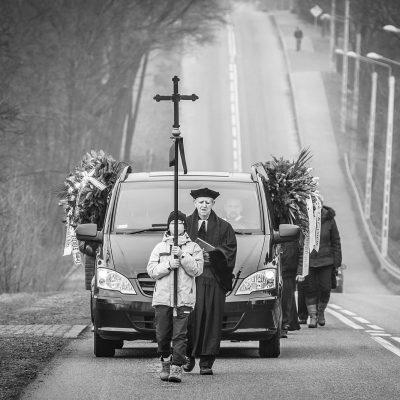 Ceremonia pogrzebowa (43)