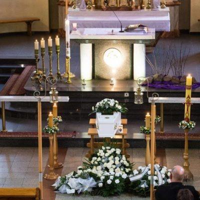 Ceremonia pogrzebowa (46)