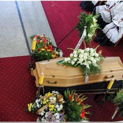 Ceremonia pogrzebowa (50)