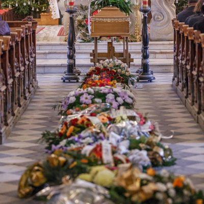 Ceremonia pogrzebowa (54)